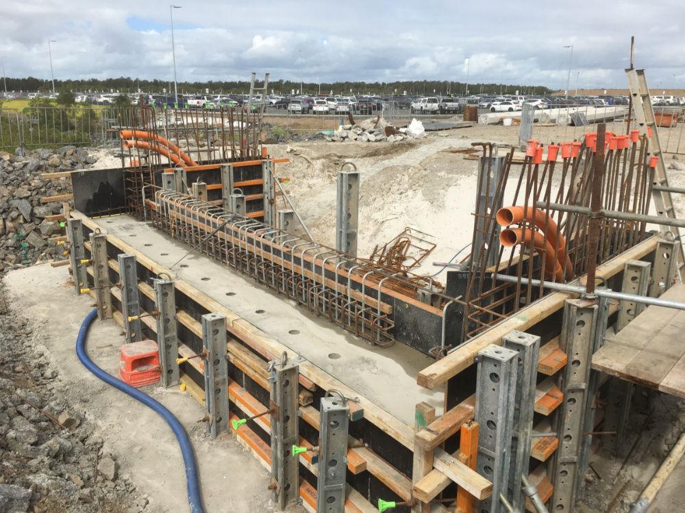 construction of 3-span bridge with a cast insitu concrete substructure, precast deck unit superstructure and cast insitu deck